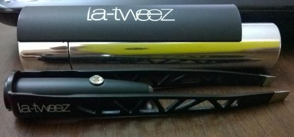la-tweez Close Up